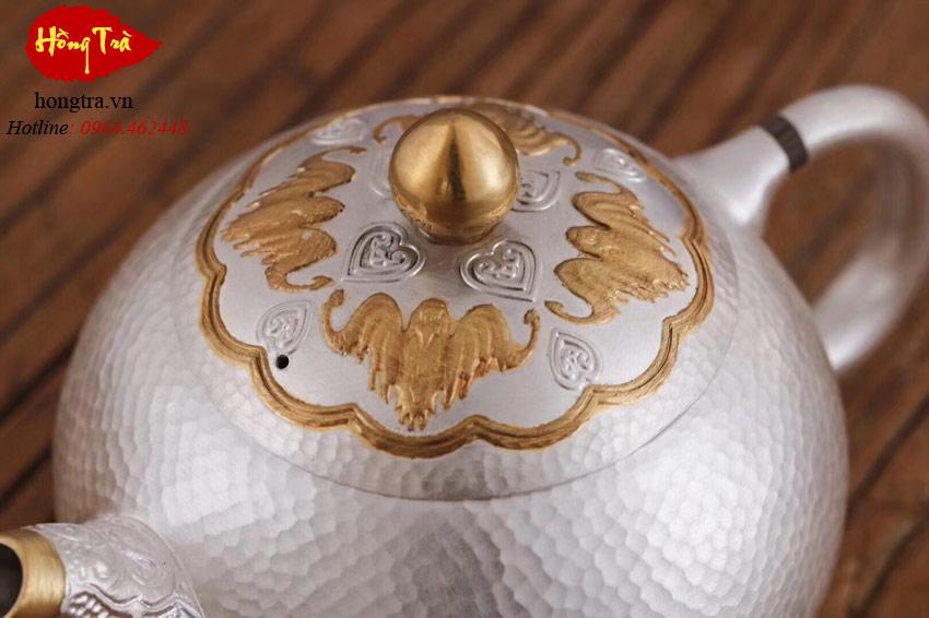ấm bạc pha trà