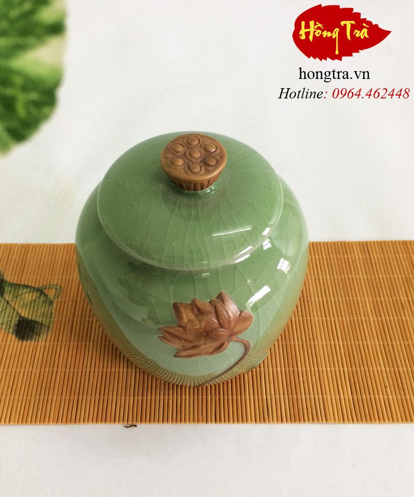 bình đựng trà sứ sen HTS09