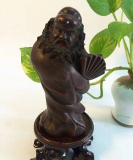 tượng chung quỳ