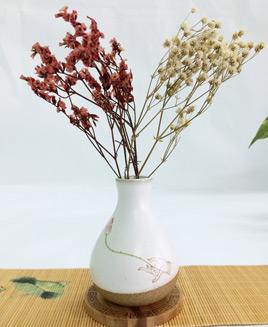 Lọ hoa sứ bàn trà